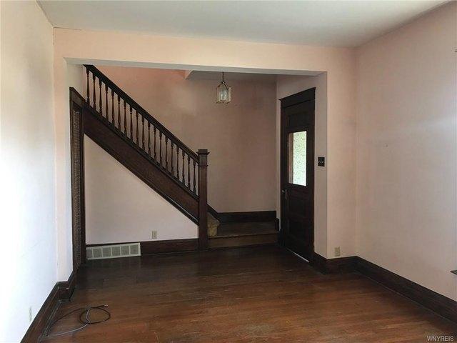 Property featured at 2456 Ontario Ave, Niagara Falls, NY 14305