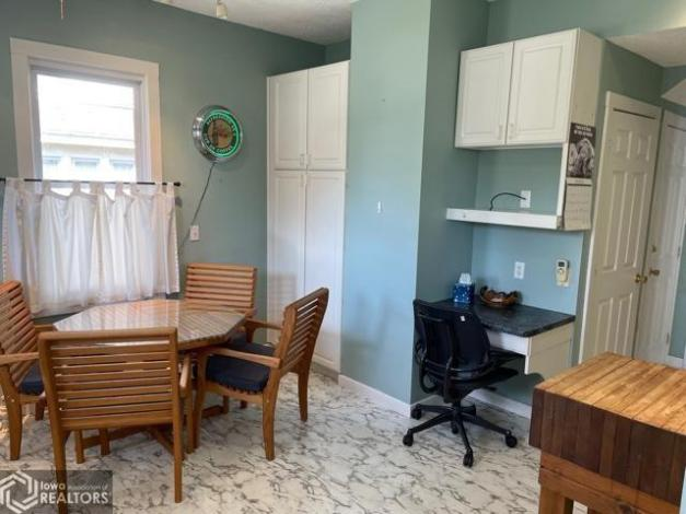 Laundry room featured at 807 N 8th St, Burlington, IA 52601