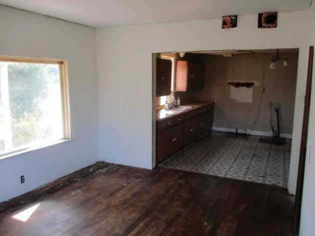 Bedroom featured at 5485 E Napier Ave, Benton Harbor, MI 49022