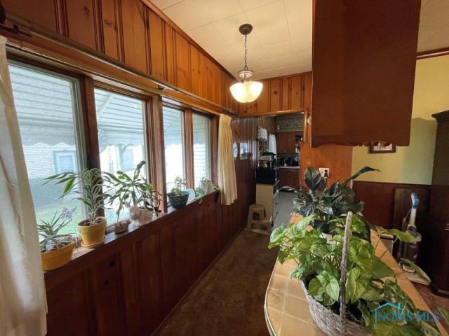Property featured at 510 Starr Ave, Toledo, OH 43605
