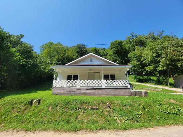 House view featured at 207 Crum Hollow Rd, Crum, WV 25669
