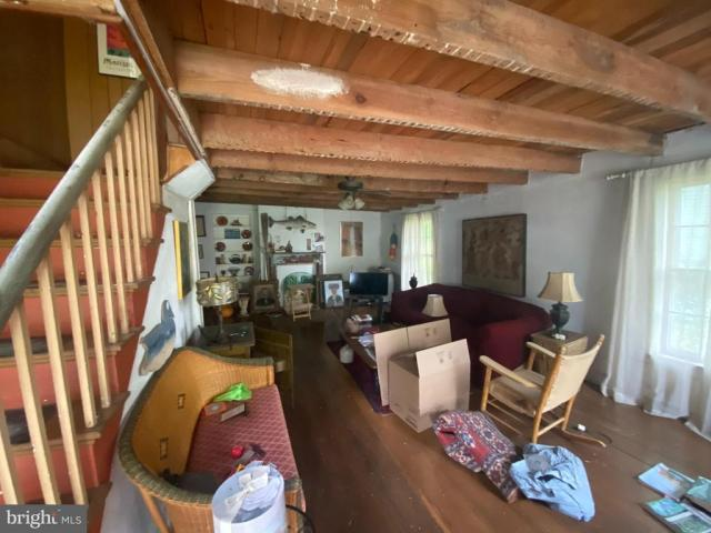 Living room featured at 2705 Church St, Quantico, MD 21856
