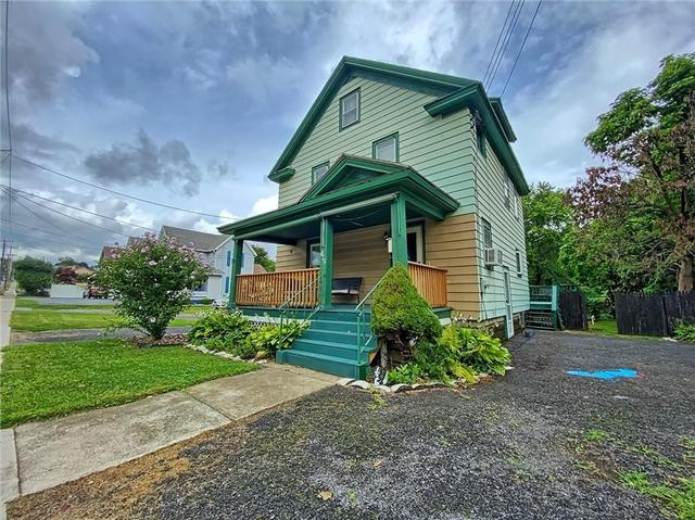 House view featured at 415 W Union St, Newark, NY 14513