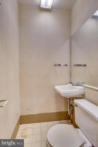 Bathroom featured at 219 W Burke St, Martinsburg, WV 25401