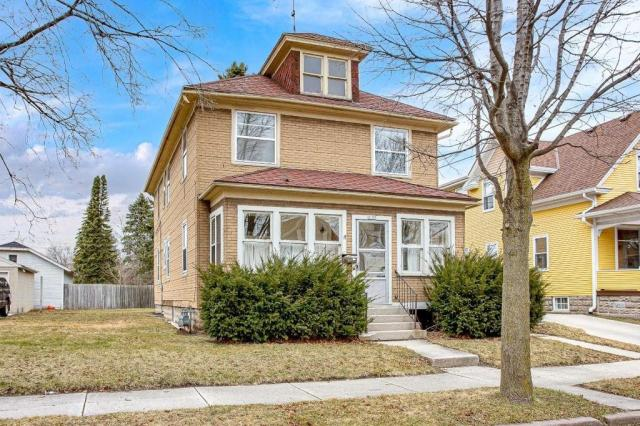 House view featured at 1122 Bluff Ave Unit 1120, Sheboygan, WI 53081