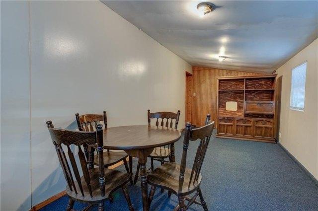 Dining room featured at 501 W Pierce St, Mangum, OK 73554
