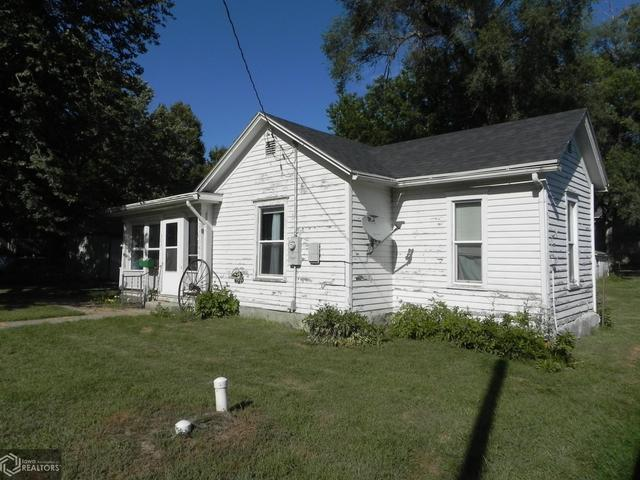 House view featured at 303 Central Ave, Bedford, IA 50833