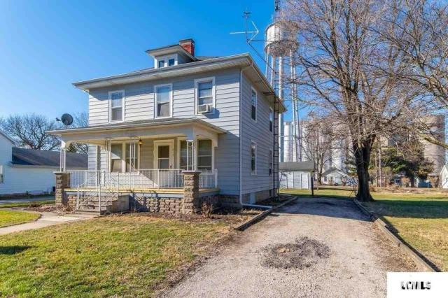 House view featured at 213 N Bogardus St, Elkhart, IL 62634