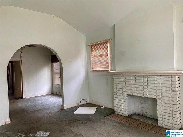 Property featured at 917 7th Pl SW, Birmingham, AL 35211