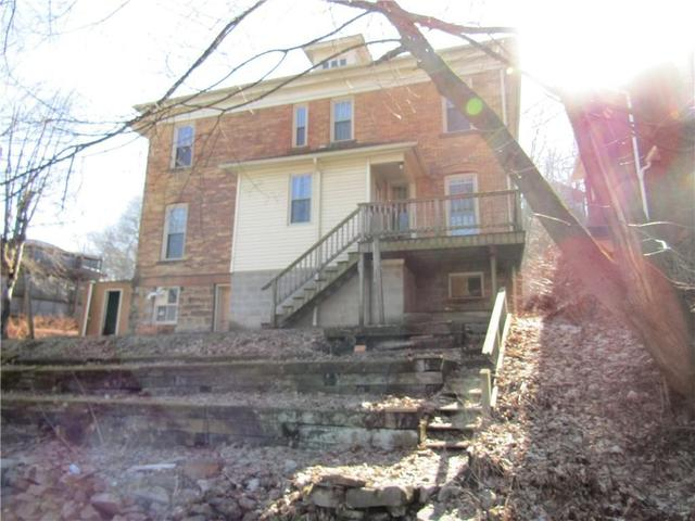 House view featured at 1202 Franklin St, Johnstown, PA 15905
