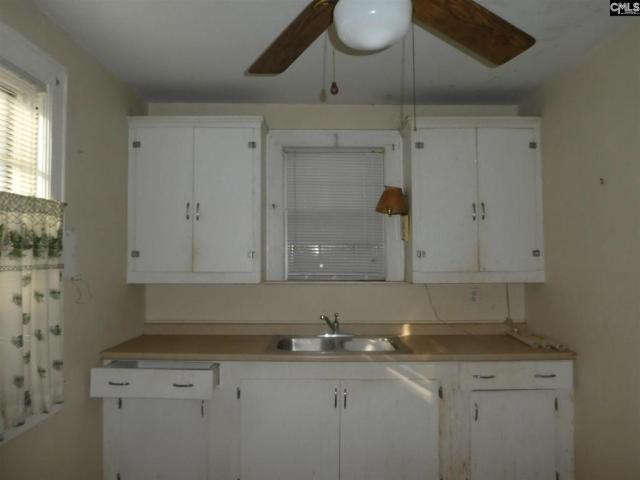 Kitchen featured at 106 W Columbia Ave, Batesburg, SC 29006