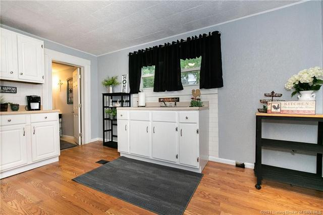 Laundry room featured at 350 S Cedar St, Marengo, IN 47140