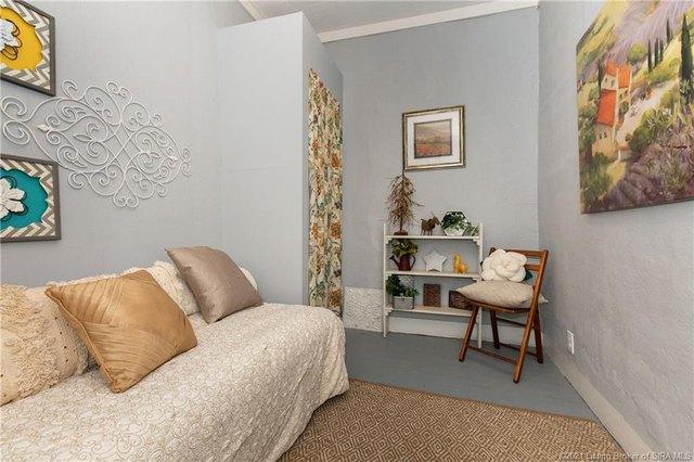 Bedroom featured at 350 S Cedar St, Marengo, IN 47140