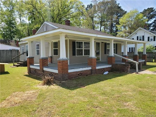 House view featured at 303 Gray Ave, Waverly, VA 23890