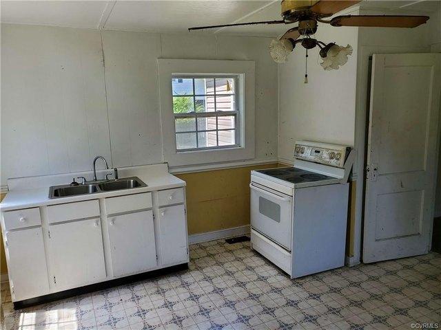 Kitchen featured at 303 Gray Ave, Waverly, VA 23890