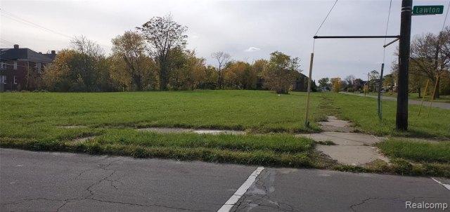 Road view featured at 2749 Elmhurst St, Detroit, MI 48206