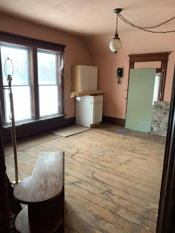 Laundry room featured at 108 Second St, Beaver, IA 50031