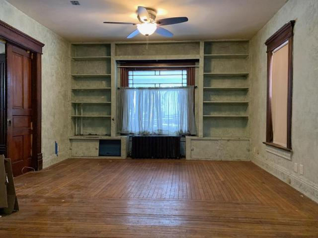 Living room featured at 108 Second St, Beaver, IA 50031