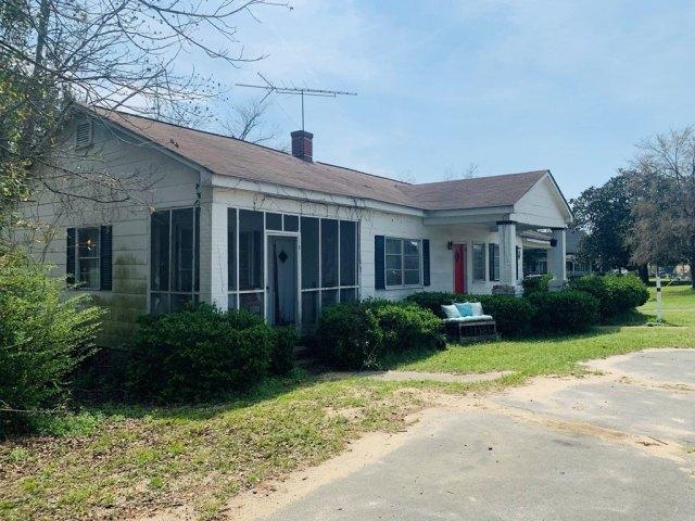 House view featured at 176 Jones St, Midville, GA 30441