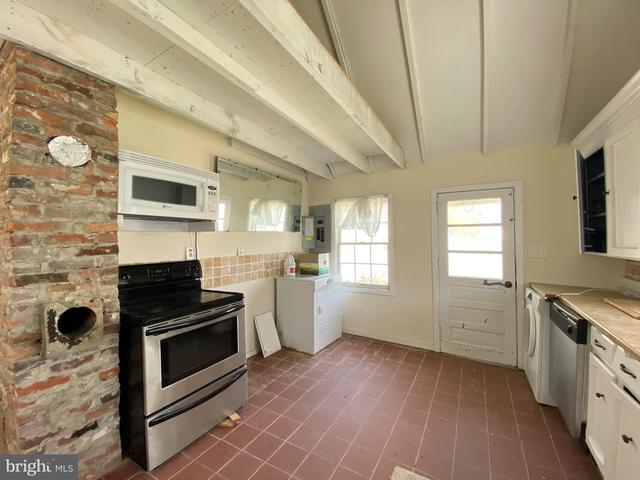 Kitchen featured at 4017 Tyler Rd, Ewell, MD 21824
