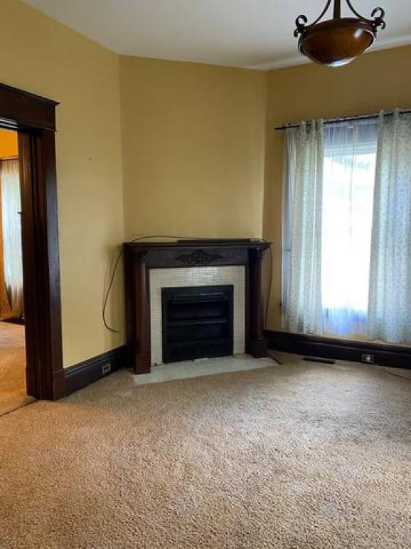 Living room featured at 310 Innis St, Oil City, PA 16301