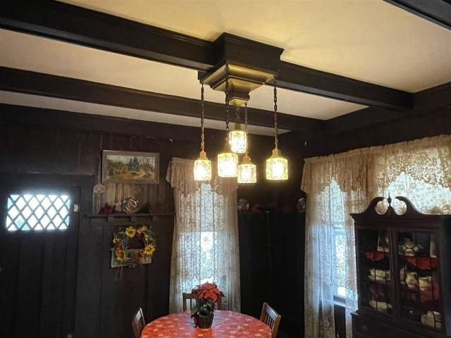 Dining room featured at 715 5th St, Humboldt, NE 68376