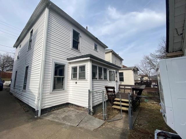 Porch featured at 325 Milford St, Clarksburg, WV 26301