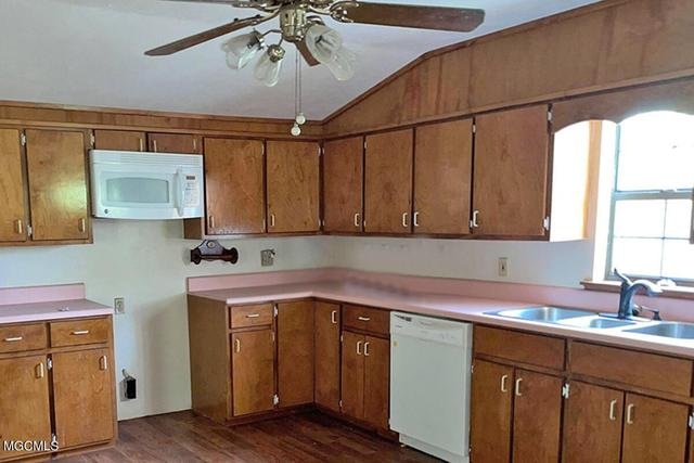 Kitchen featured at 147A Fig Farm Rd, Lucedale, MS 39452