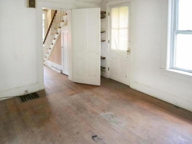 Property featured at 706 N Gay St, Mount Vernon, OH 43050