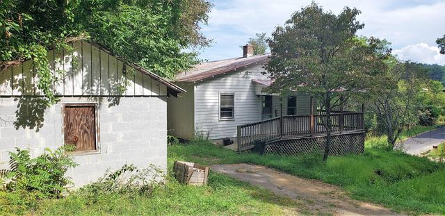 House view featured at 101 Branch St, Galax, VA 24333