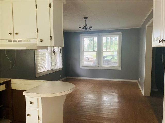 Laundry room featured at 470 Cottonport Ave, Cottonport, LA 71327