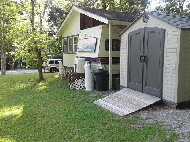 Porch yard featured at 730 Boardman Dr, Bracey, VA 23919