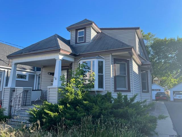 House view featured at 1318 Santa Fe St, Schenectady, NY 12303