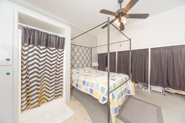Bedroom featured at 127 W 9th St, Coffeyville, KS 67337