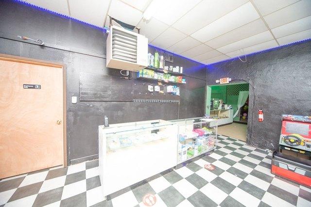 Kitchen featured at 127 W 9th St, Coffeyville, KS 67337