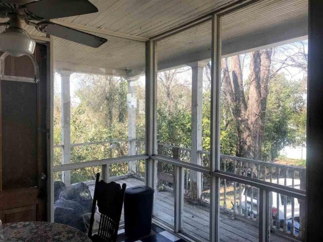 Porch featured at 419 E Broadway St, Yazoo City, MS 39194