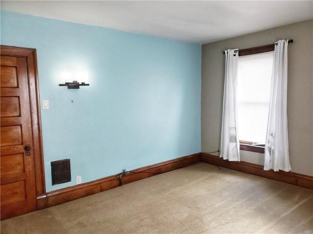 Bedroom featured at 124 N Walnut St, New Castle, PA 16101