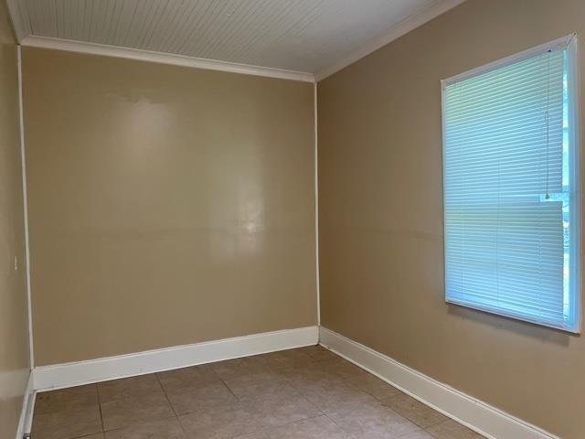 Bedroom featured at 400 Fourth St, Summerville, GA 30747