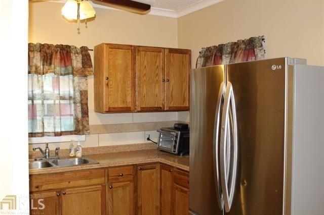 Kitchen featured at 400 Fourth St, Summerville, GA 30747