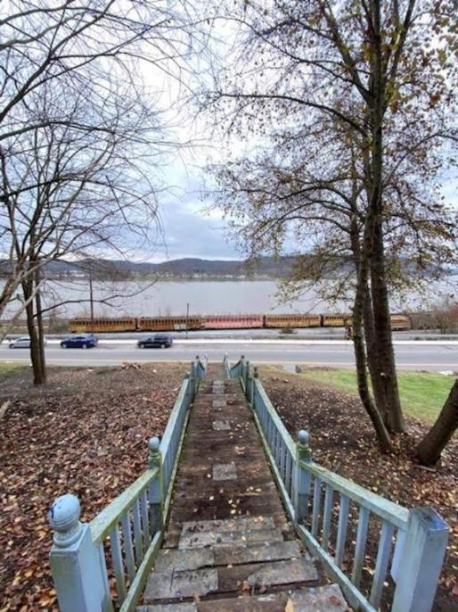 Water front featured at 478 W 2nd St, Maysville, KY 41056