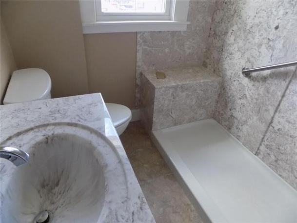 Bathroom featured at 1115 Roemer Blvd, Farrell, PA 16121