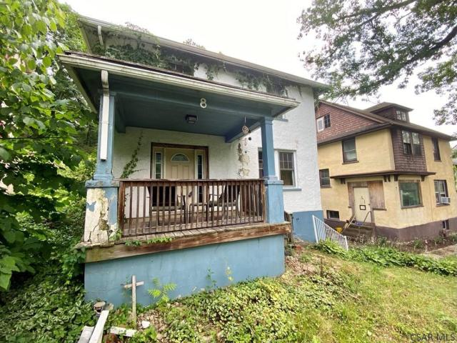 Porch featured at 8 Harding St, Johnstown, PA 15905