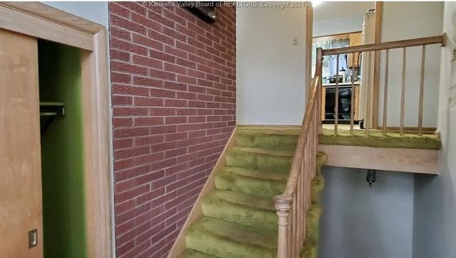 Property featured at 706 Viewmont Dr, Charleston, WV 25302