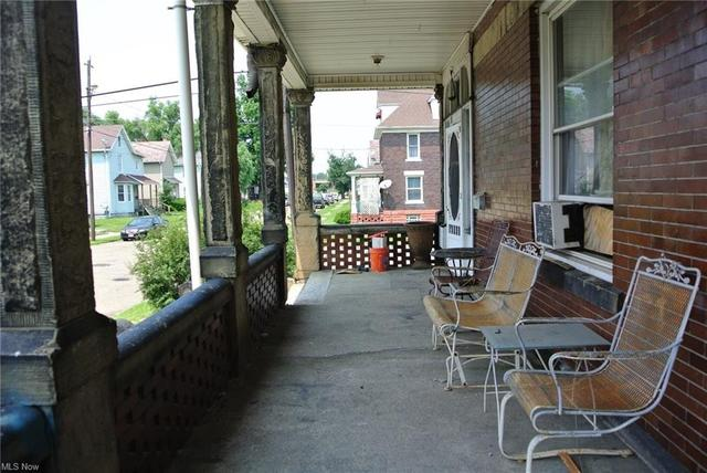 Porch featured at 700 Garfield Ave SW, Canton, OH 44706