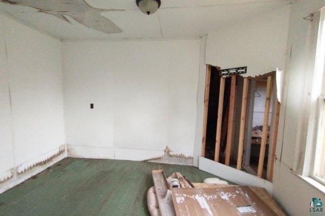 Bedroom featured at 106 S Poplar Ln, Hinckley, MN 55037