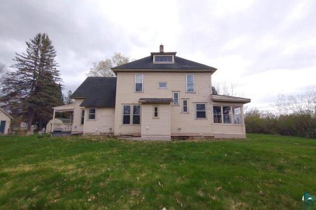 Farm land featured at 106 S Poplar Ln, Hinckley, MN 55037