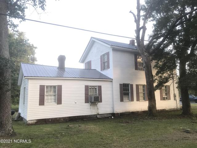 Property featured at 284 W Main St, Belhaven, NC 27810