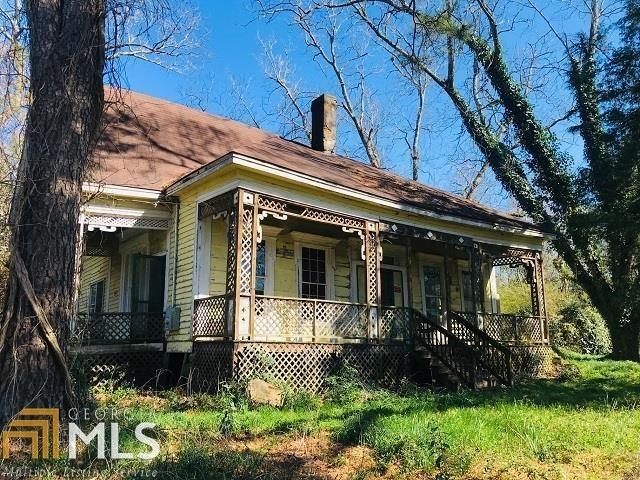 House view featured at 99 Griffin St, Grantville, GA 30220