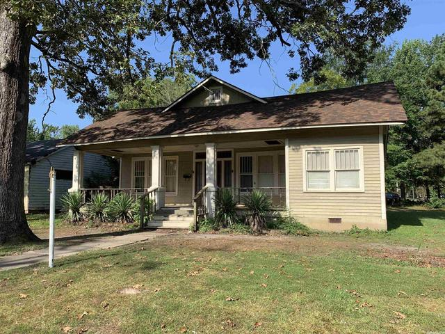 House view featured at 3000 S Cherry St, Pine Bluff, AR 71603