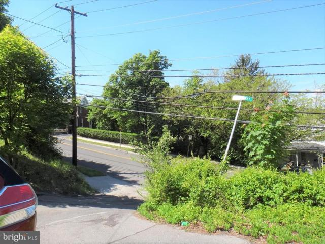 Road view featured at 8 Broadway Cir, Cumberland, MD 21502